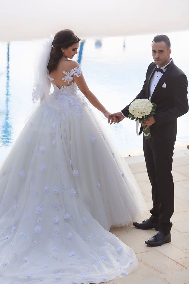 saudi arabia wedding dress,ball gowns sweetheart wedding dresses,off