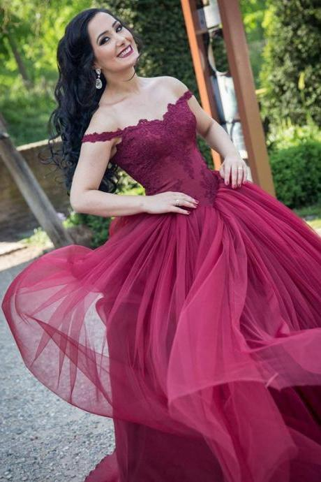 Burgundy wedding dresses,lace appliques wedding dress,ball gowns party dresses,wedding gowns