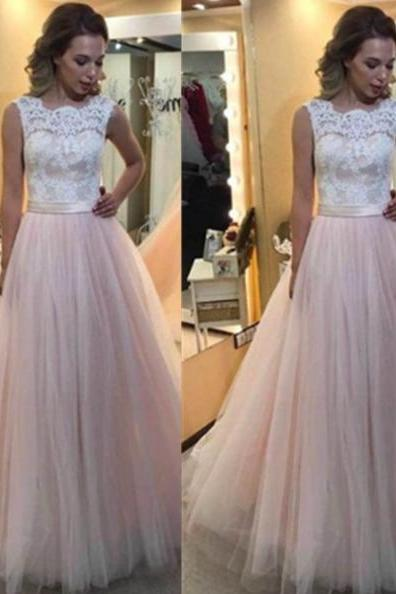 Lace Spliced Wedding dresses,Scalloped Neck Wedding dress,Ball Gown Tulle Bridal Dresses