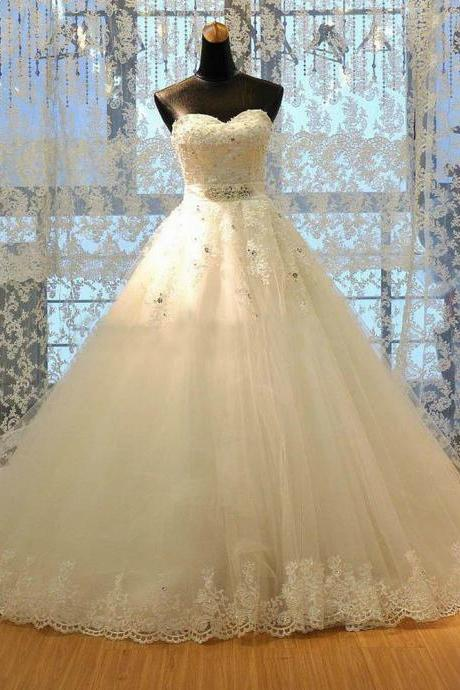 Luxury WhiteIvory A-Line Wedding Dresses Sweetheart Top Beaded AppliqueTulle Backless Chapel Bridal Gowns Custom