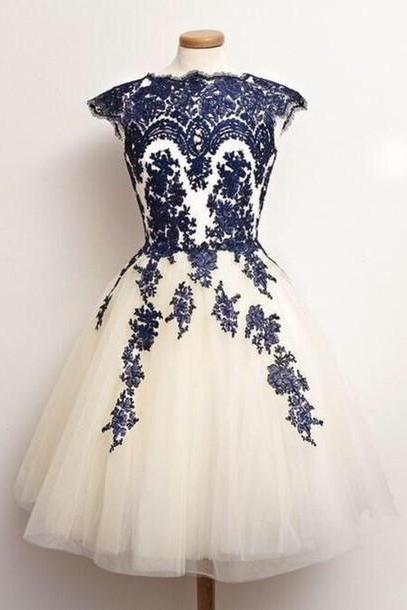 New Arrival Appliques party Dress, Knee-Length Evening Dress, Sweetheart party Dress, Charming Graduation Dress,O-Neck Graduation Dress, Evening Dresses,, Prom Dresses, Party Dresses,Elegant Homecoming Dresses,Short Party Dresses