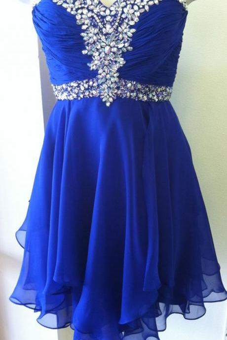 Crystal Embellished Ruched Sweetheart Short Chiffon Homecoming Dress Featuring Curly Hem