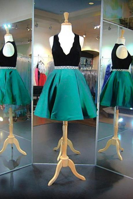Homecoming Dress, Green Prom Dresses,Short Prom Dresses, 2017 Prom Dresses,Short Homecoming Dress,Prom Dress with Beadings,Prom Gowns, Black Velour Green Satin Prom Dress,2017 Prom Dress,Custom Made,High Quality Graduation Dresses,Wedding Guest Prom Gowns, Formal Occasion Dresses,Formal Dress